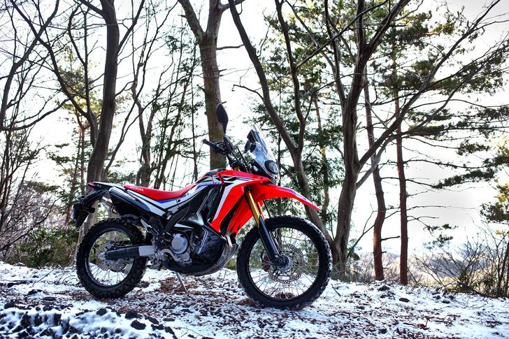 CRF250RALLYと雪道