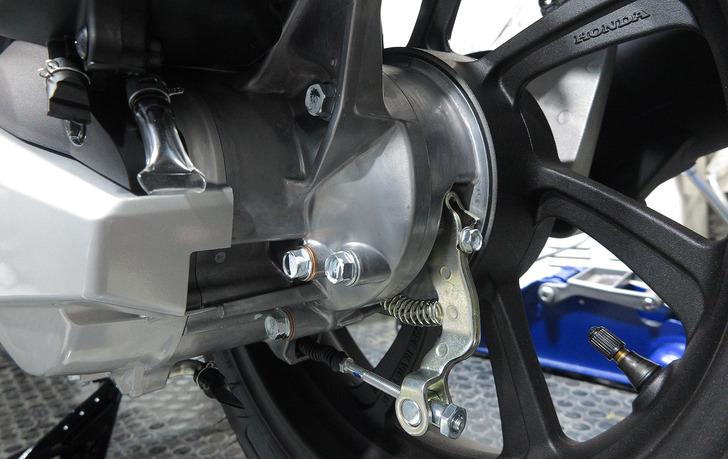 JF81-PCXドラムブレーキ